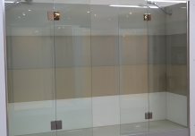 Kilsyth Showroom: Semi Frameless